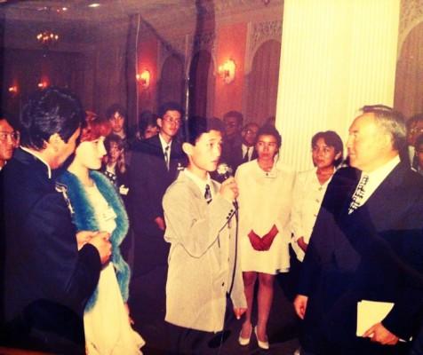 молодой Адилет с президентом страны