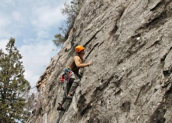 Скальные занятия на Лесничестве. Shymbulak AlpineClub.kz